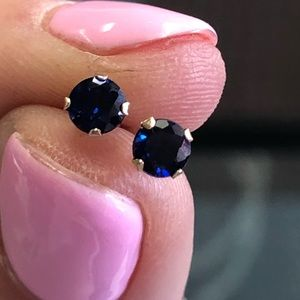 10k Yellow Gold Sapphire Stud Earrings